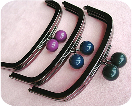 Beaded purse frames