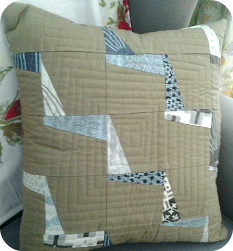 Annas finished pillow