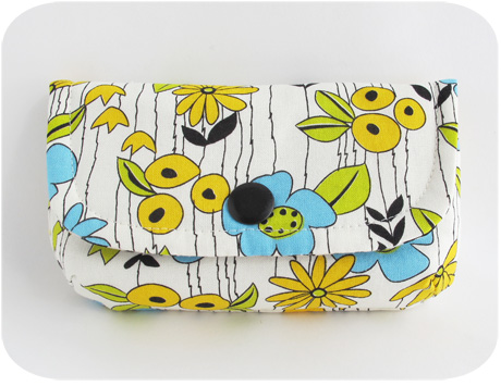 Little Pouch Yuwa Floral Blog Image