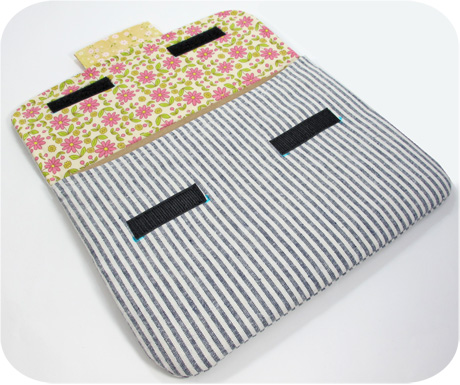 Ipad sleeve inside blog image