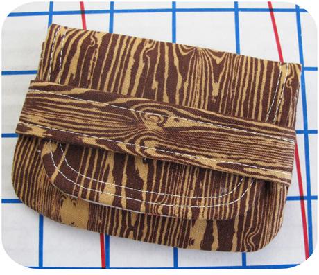 Woodgrain Card Wallet Size 1 Blog Image
