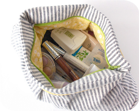 Make up bag blog image