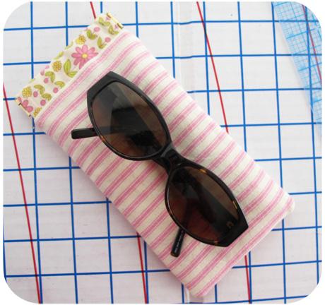 Sunglasses pouch blog image