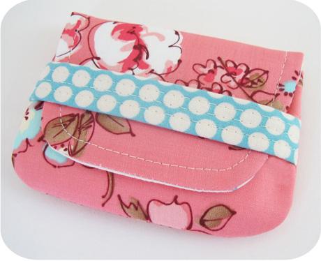 Pink wallet blog image