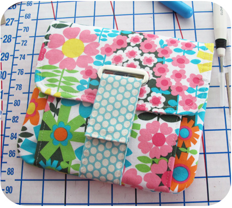 Square pouch with eyelet closure blog image