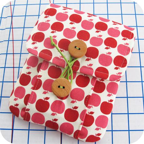 Apple Dot Mini Idea Pouch Blog Image