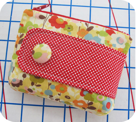 Small Zip Pouch Blog Image