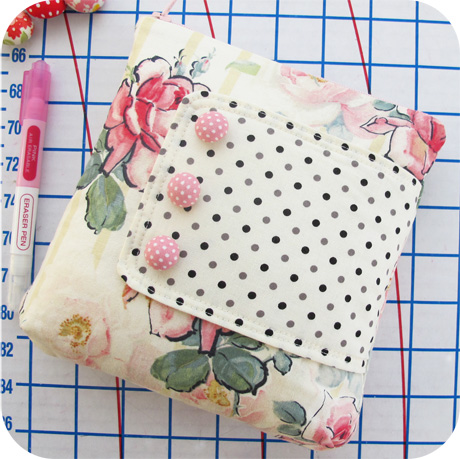 Large Zip Pouch Blog Image
