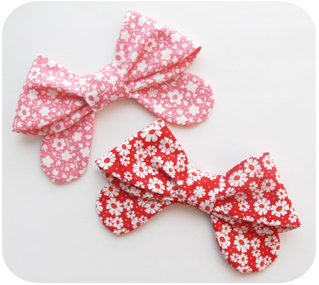 Pink and red bows