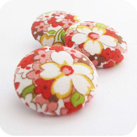 Buttons Lecien Floral Red Gold