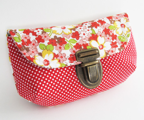Tuck Catch Red Mini Clutch