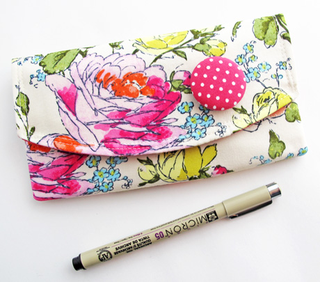 Sketchbook Pen Pouch