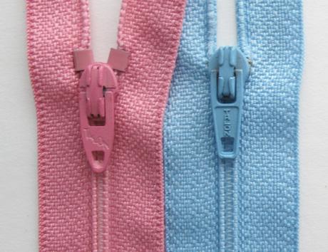 Zip pulls