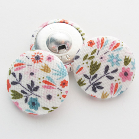 Garden girl buttons