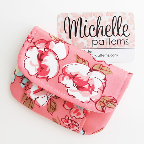 Pink Roses Mini Pleated Pouch