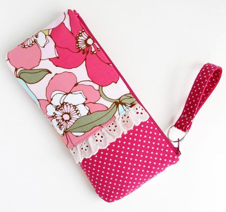 #7 floral zip pouch exterior