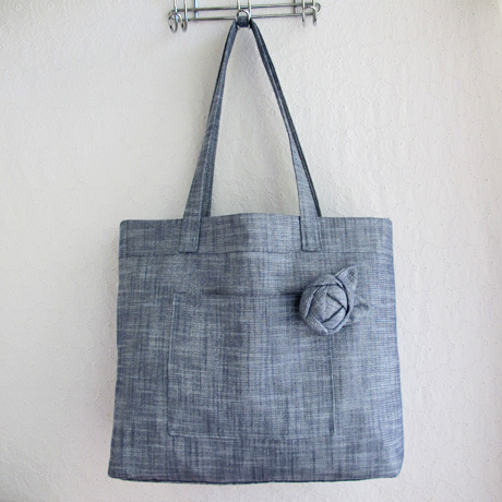 Manchester Metallics Beach Bag