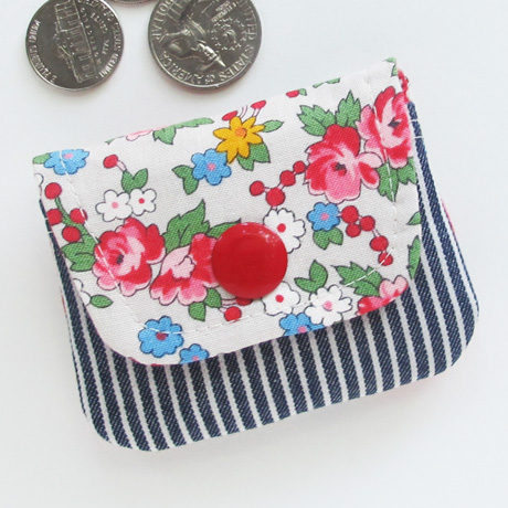 Spring bouquet coin pouch