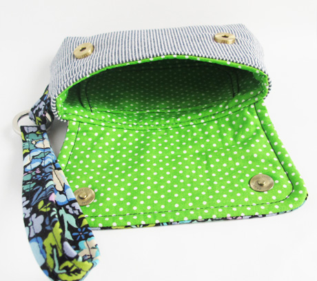 Small Wristlet at 75% Lining