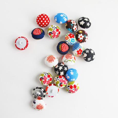 Mushroom top buttons
