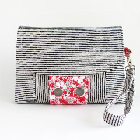 Size 4 Messenger Bag