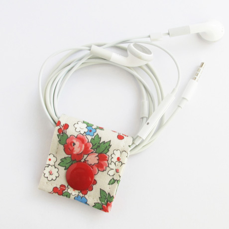 Spring Bouquet Cord Keeper