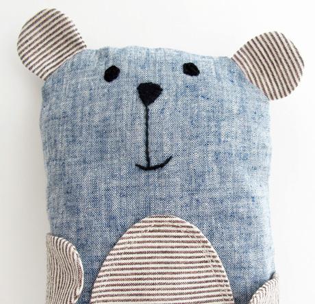 Blue linen bailey bear
