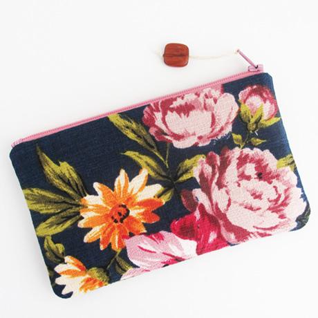 Elaine barkcloth pouch
