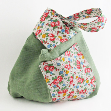 Green canvas knot bag