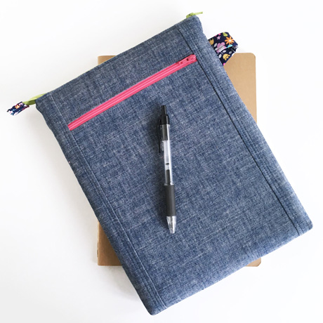 Chambray tablet pouch